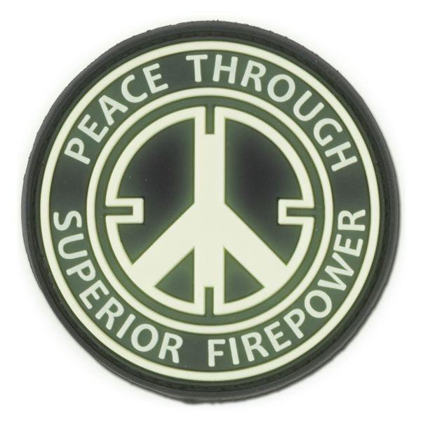3D-Patch Peace Through Superior Firepower nachleuchtend