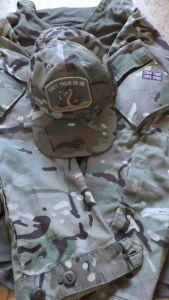 Combat Shirt mit LK Basecap