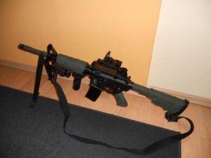 M4A1 oliv