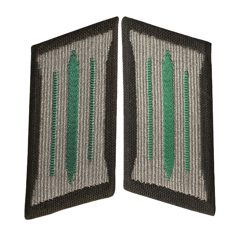 NVA Kragenspiegel LaSK Soldat grün