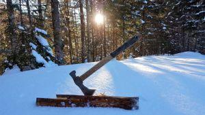 CRKT Woods Chogan Tomahawk