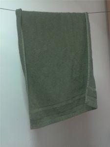 Handtuch oliv 120 x 60 cm