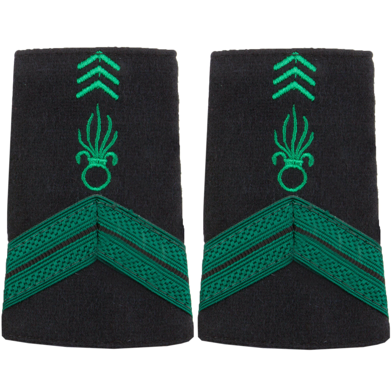 Dienstgradabzeichen Stoff Caporal Légion grün-schwarz